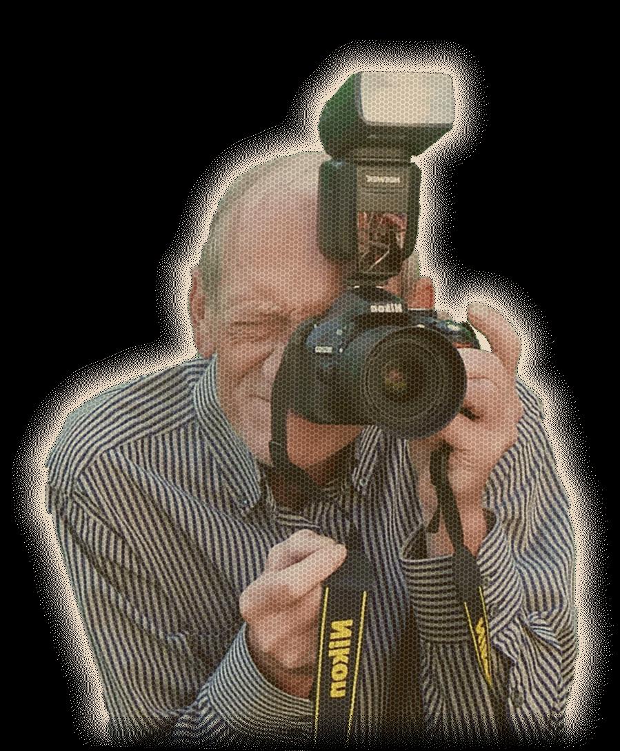 Hendrik mit Nikon Kamera gespiegelt